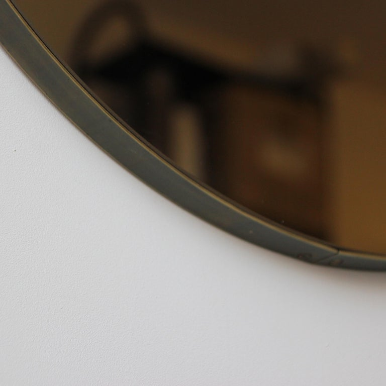 Patinated Bespoke Contemporary Bronze Tinted Orbis Round Mirror Brass Patina Frame, Large For Sale