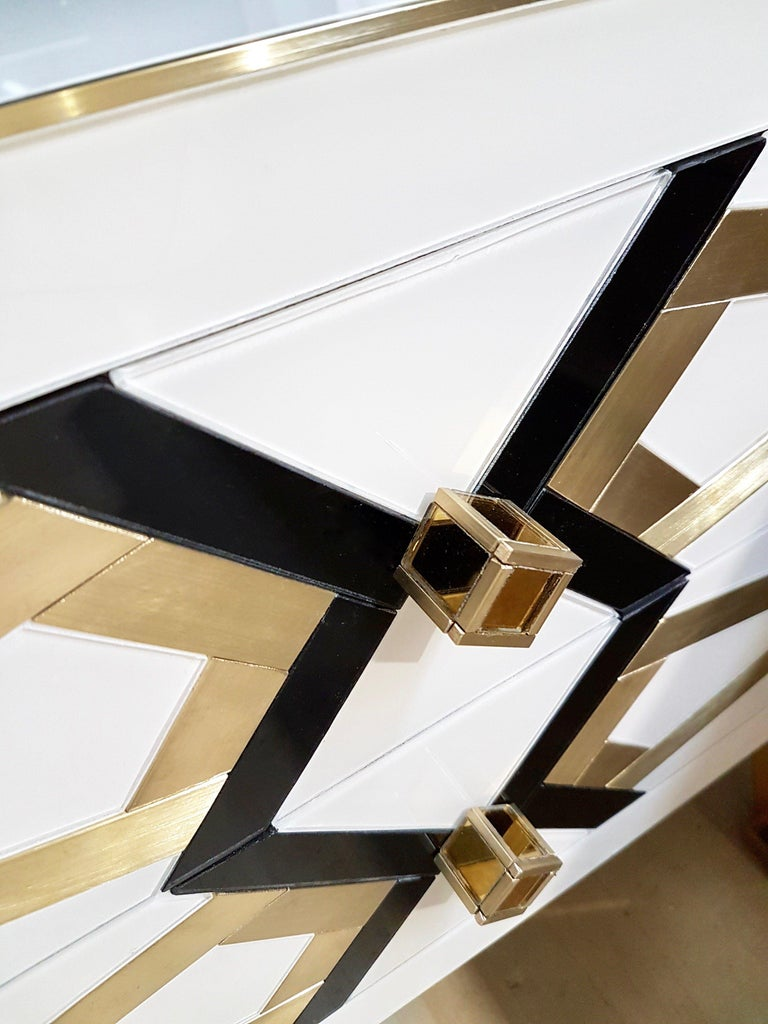 Bronzed Bespoke Cosulich Creation Gold Brass Black & White Side Tables/Nightstands, Pair For Sale