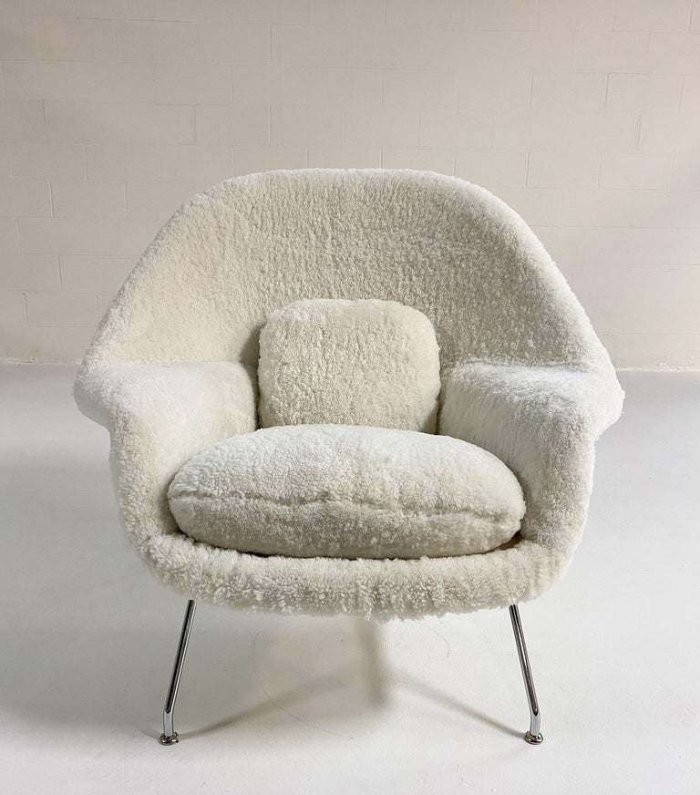 Bespoke Eero Saarinen Womb Chair and Ottoman in Australian Sheepskin For Sale 5