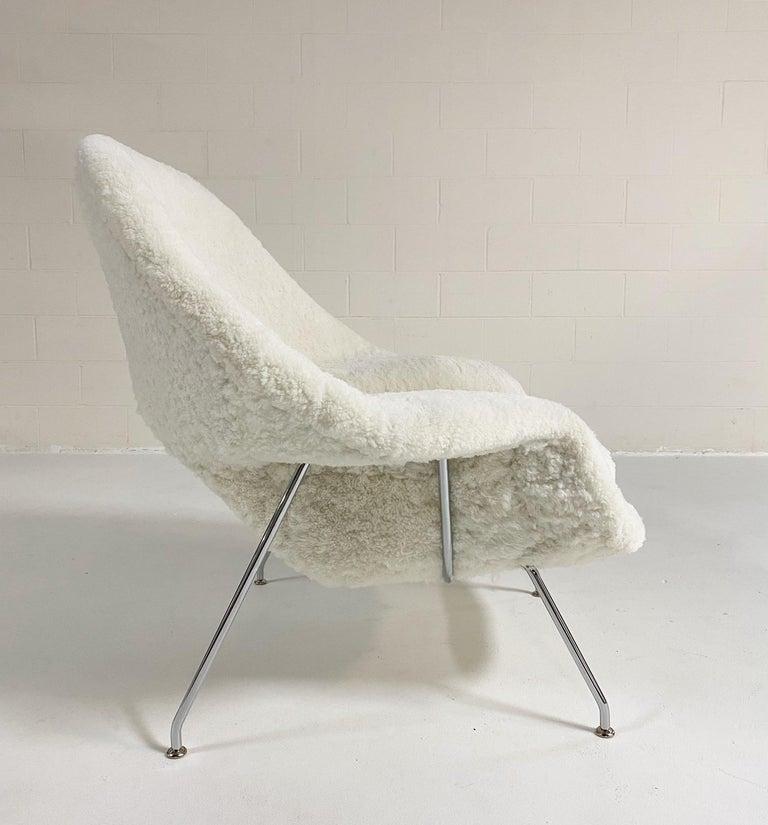 Bespoke Eero Saarinen Womb Chair and Ottoman in Australian Sheepskin For Sale 7