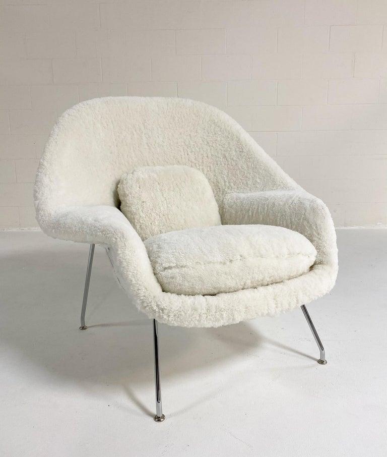 Bespoke Eero Saarinen Womb Chair and Ottoman in Australian Sheepskin For Sale 10