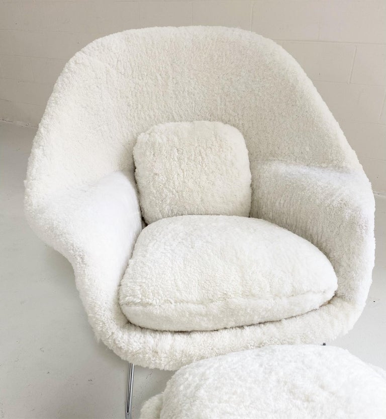 Bespoke Eero Saarinen Womb Chair and Ottoman in Australian Sheepskin For Sale 11