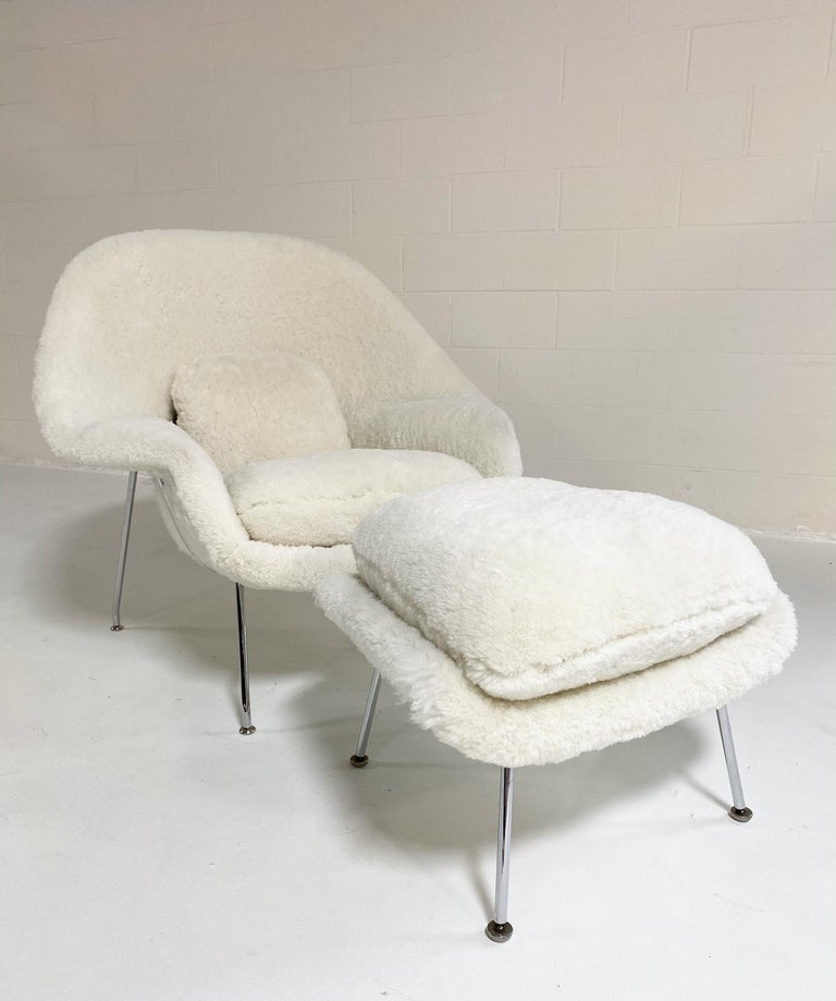 Bespoke Eero Saarinen Womb Chair and Ottoman in Australian Sheepskin For Sale 12