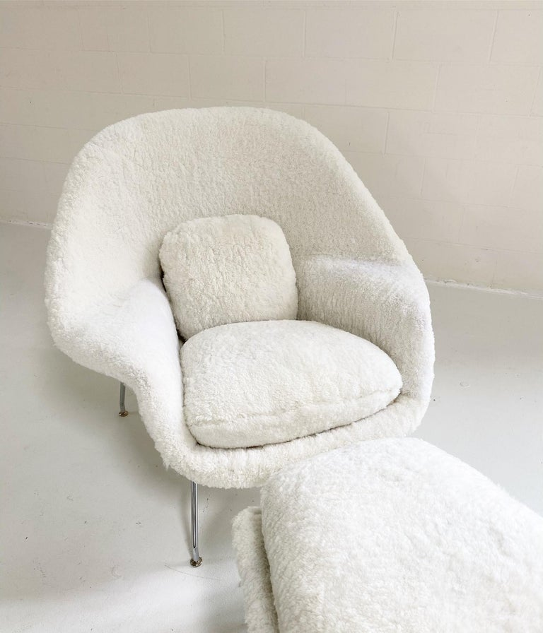 Bespoke Eero Saarinen Womb Chair and Ottoman in Australian Sheepskin For Sale 1