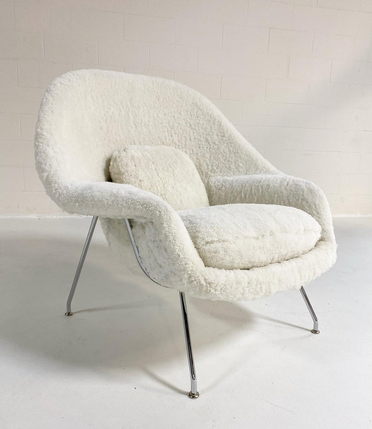 Bespoke Eero Saarinen Womb Chair and Ottoman in Australian Sheepskin For Sale 2