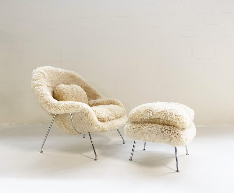 Bespoke Eero Saarinen Womb Chair and Ottoman in California Sheepskin For Sale 5