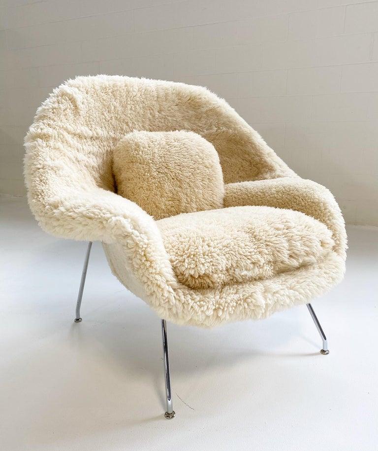 20th Century Bespoke Eero Saarinen Womb Chair Without Ottoman in California Sheepskin For Sale