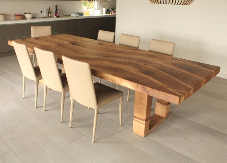Bespoke English Oak Dining Table by Jonathan Field with Inset Live Edge In New Condition For Sale In London, GB