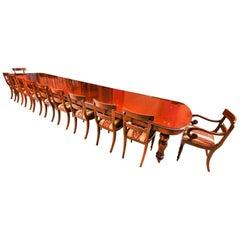 Maßgeschneiderte Riesige Handgefertigter Esstisch und 20 Stühle, 21. Jahrhundert
