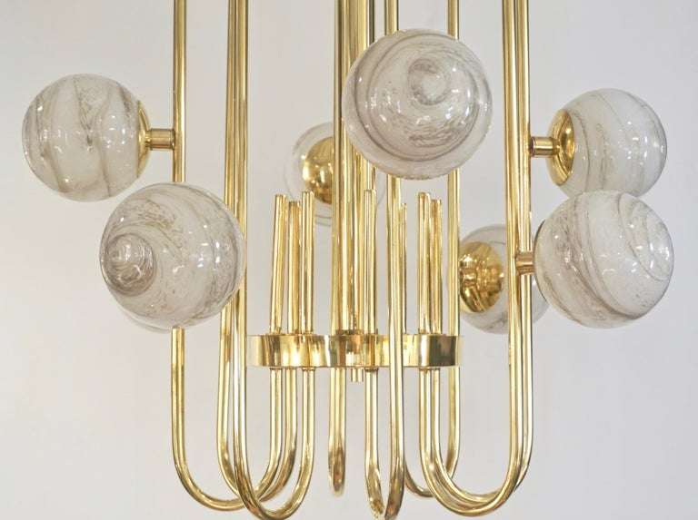 Bespoke Italian Alabaster White Murano Glass Brass Curved Globe Chandelier In New Condition For Sale In New York, NY
