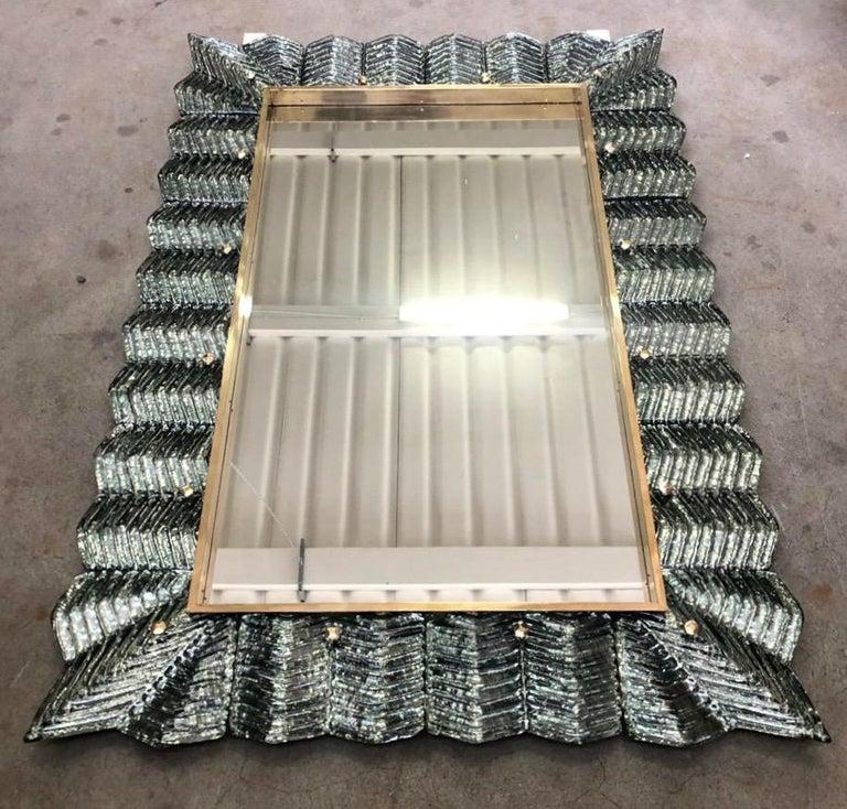 Bespoke Italian Art Deco Design Ruffled Silver Pink Murano Glass Brass Mirror For Sale 1