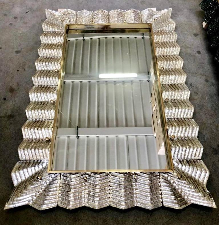 Bespoke Italian Art Deco Design Ruffled Silver Pink Murano Glass Brass Mirror For Sale 2