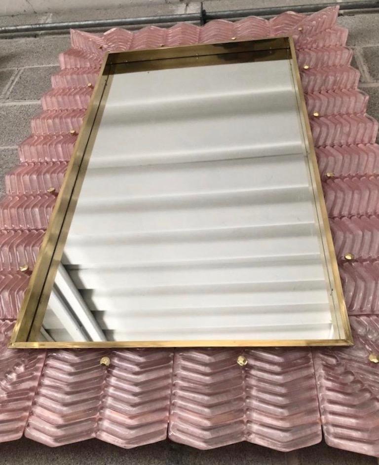 Bespoke Italian Art Deco Design Ruffled Silver Pink Murano Glass Brass Mirror For Sale 3