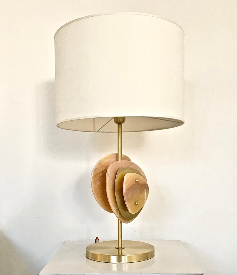 Bespoke Italian Organic Modern Amber Onyx Satin Brass Satellite Table Lamp For Sale 1