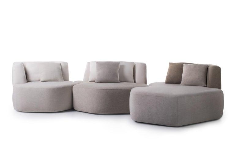 Modern Bespoke Organic Sofa in White, Cream, Brown Wool Handmade in France Customizable For Sale