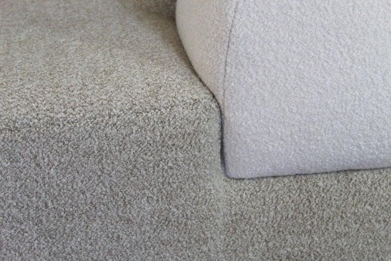 Bespoke Organic Sofa in White, Cream, Brown Wool Handmade in France Customizable For Sale 1
