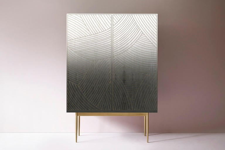 Bethan Gray Dhow Bar Cabinet in Monochrome and Brass In New Condition For Sale In London, GB