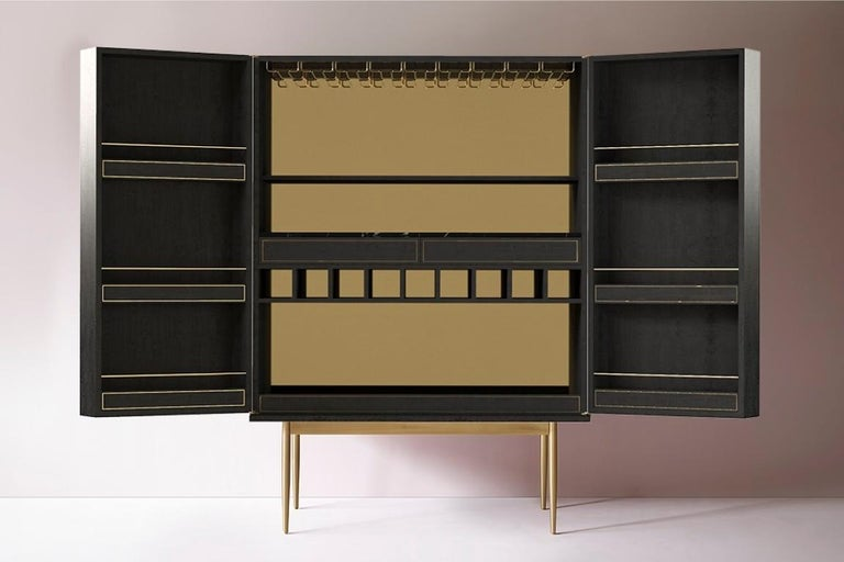 Contemporary Bethan Gray Dhow Bar Cabinet in Monochrome and Brass For Sale