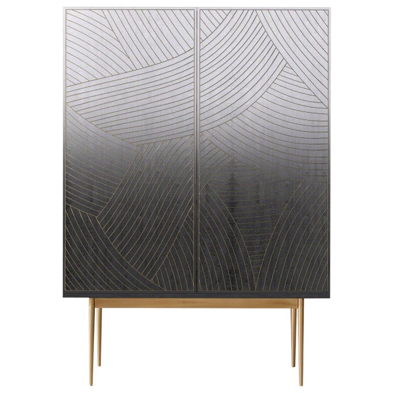 Bethan Gray Dhow Bar Cabinet in Monochrome and Brass For Sale
