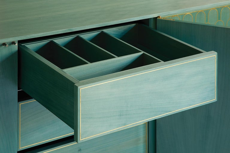 Bethan Gray Three Door Sideboard Cabinet in Jade Italian Veneer and Solid Brass For Sale 4