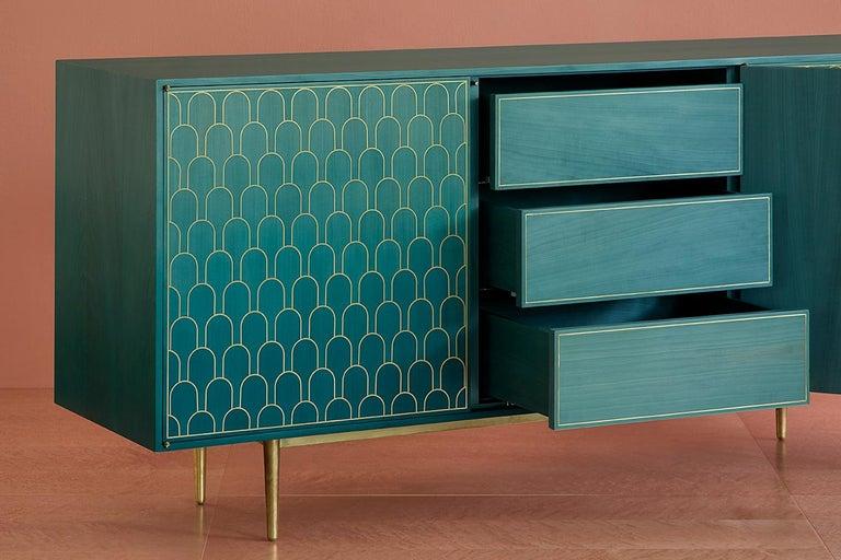 Bethan Gray Three Door Sideboard Cabinet in Jade Italian Veneer and Solid Brass For Sale 2