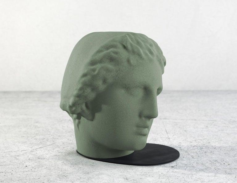 Betti Concrete Stool 100% Handmade in Italy In New Condition For Sale In Rome, Lazio