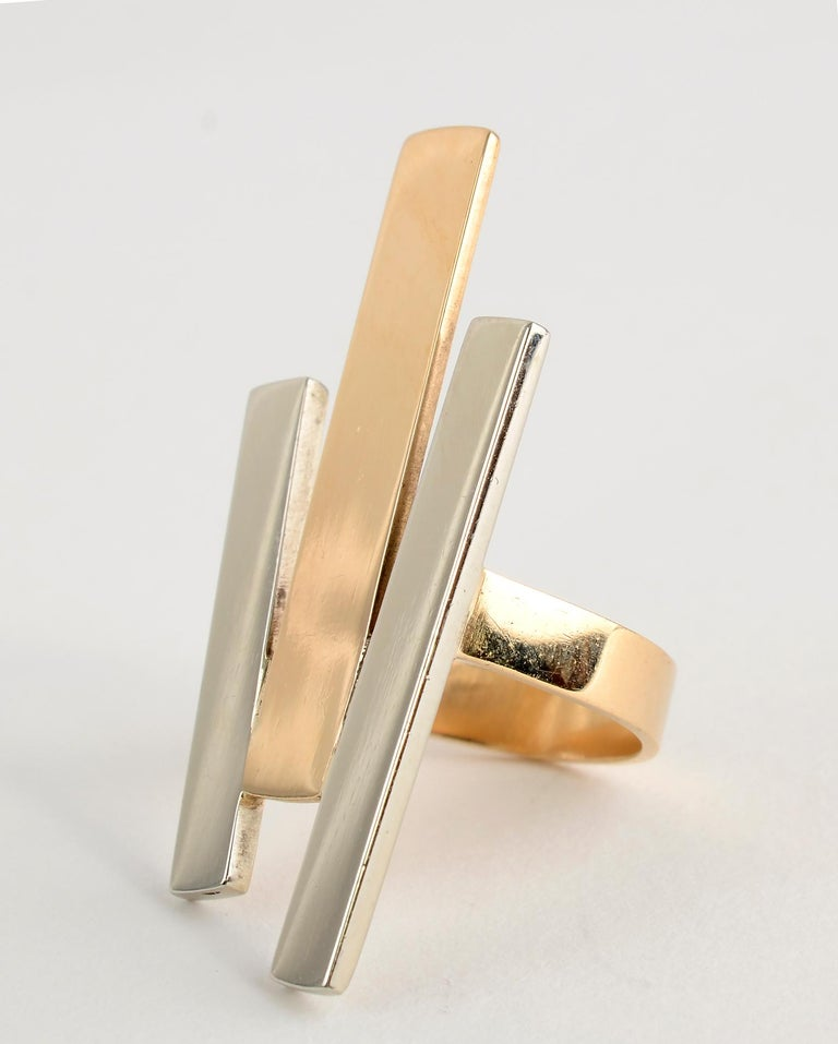 Betty Cooke Geometric Gold and Silver Ring In New Condition For Sale In Darnestown, MD