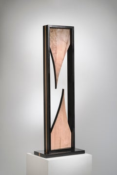 Minimal wood sculpture: 'Point of Contention'