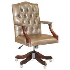 Bevan Funnell Heritage Leather Chesterfield Captains Directors Chair