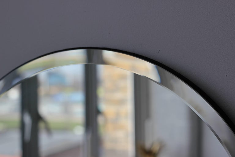 Beveled Silver Orbis Round Mirror Frameless In New Condition For Sale In London, GB