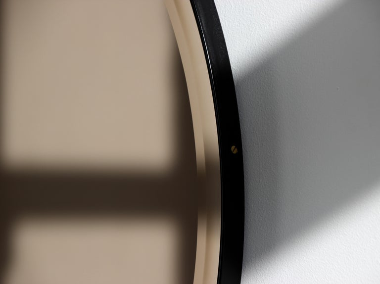 Orbis™  Beveled Bronze Tinted Round Elegant Mirror with a Black Frame - Large In New Condition For Sale In London, GB