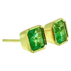 Bezel Colombian Emerald Stud Earrings 18 Karat