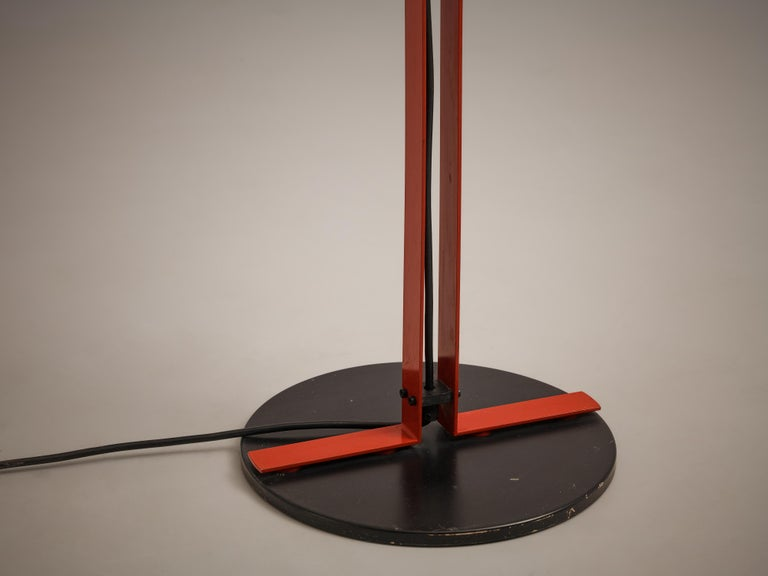 Bi-Colored Pair of Italian Floor Lamps by VeArt in Black and Red Metal For Sale 6