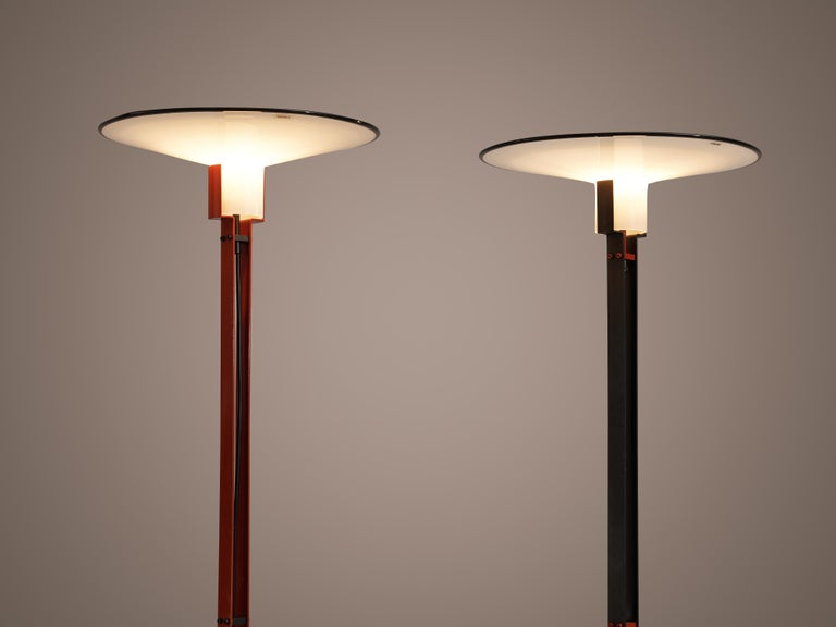Mid-Century Modern Bi-Colored Pair of Italian Floor Lamps by VeArt in Black and Red Metal For Sale