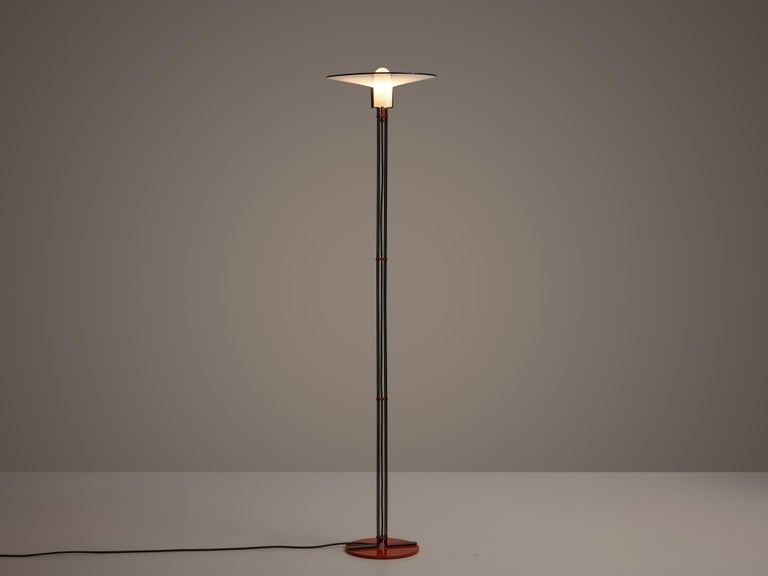 Bi-Colored Pair of Italian Floor Lamps by VeArt in Black and Red Metal For Sale 2