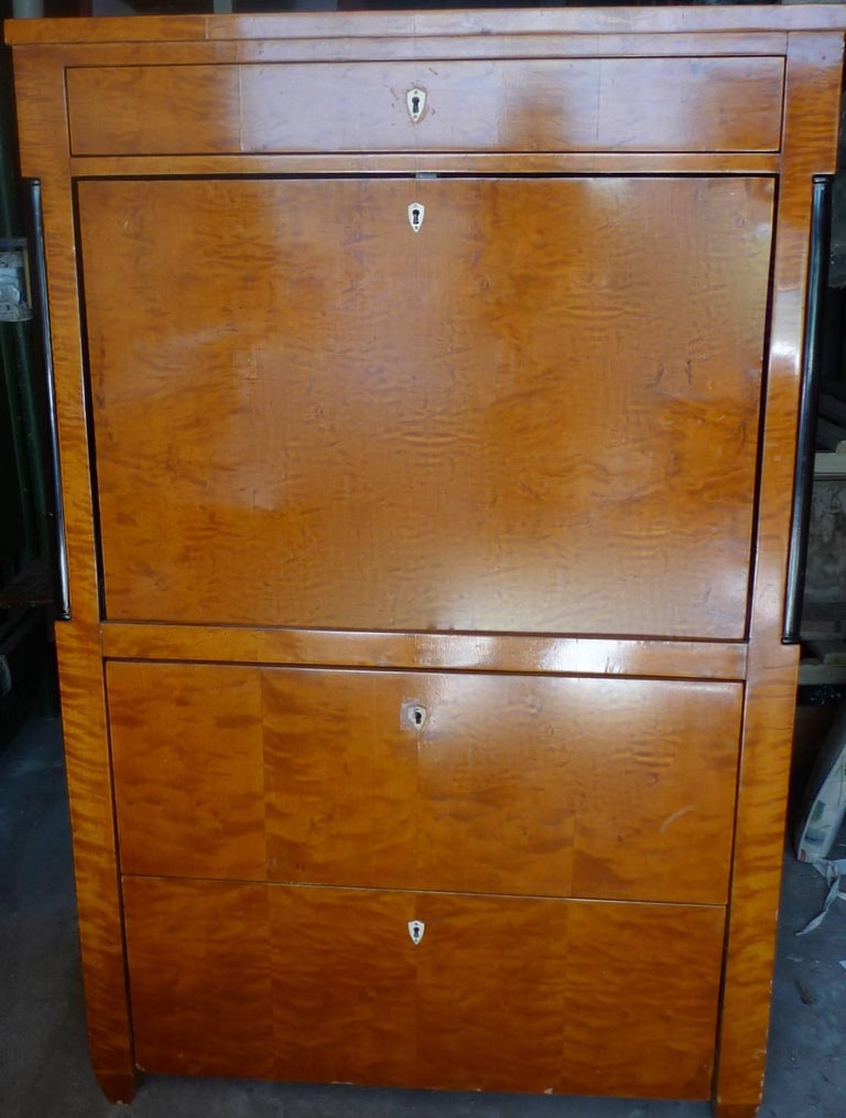Biedermeier 1930s Drop-Leaf Desk or Bar with Double Cabinets and 2 Large Drawers For Sale 2