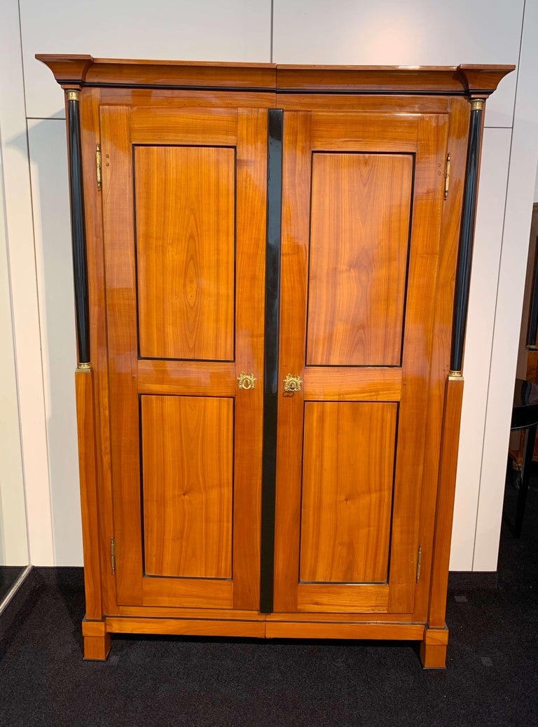 Biedermeier Armoire, Cherry Solid Wood, South Germany, circa 1820 For Sale 5
