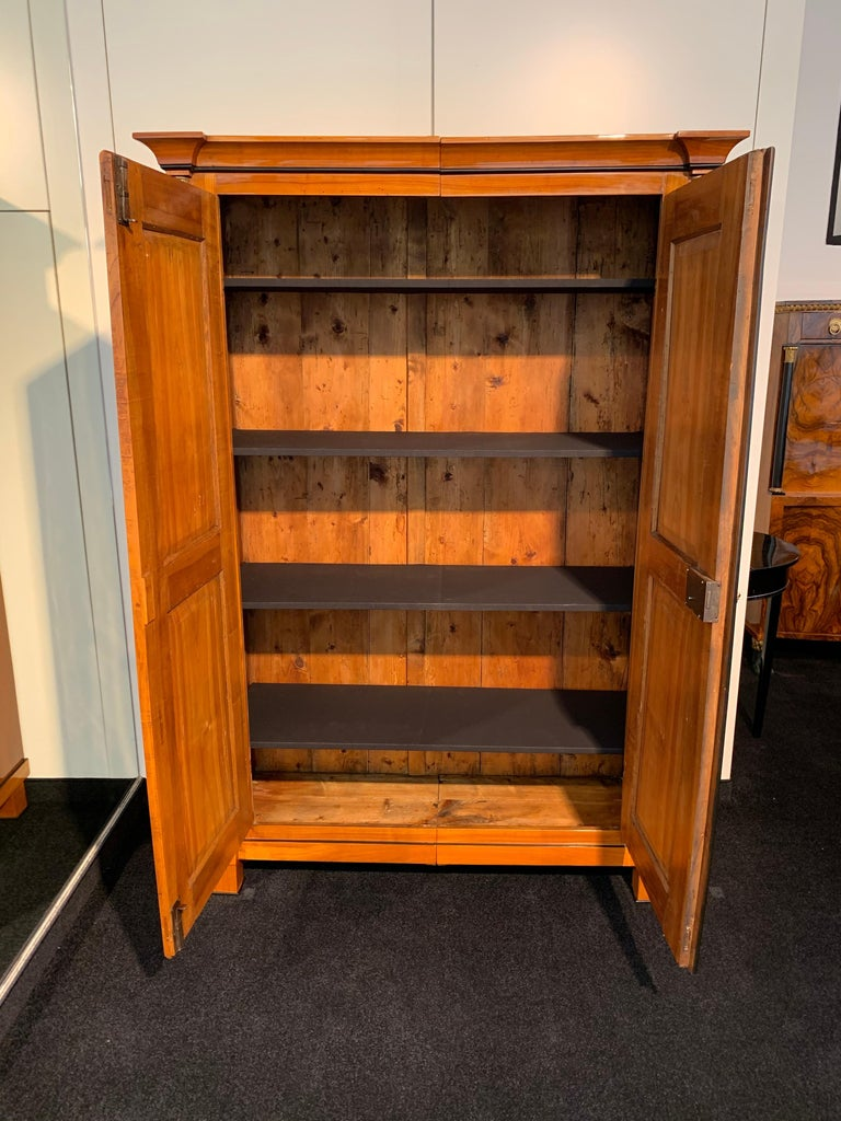 Biedermeier Armoire, Cherry Solid Wood, South Germany, circa 1820 For Sale 2