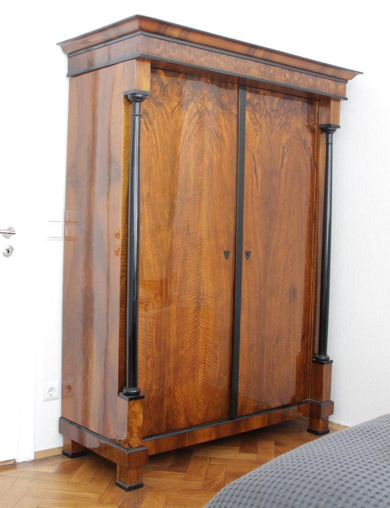 Biedermeier Armoire, Walnut Veneer and Full Columns, Austria circa 1820 For Sale 7