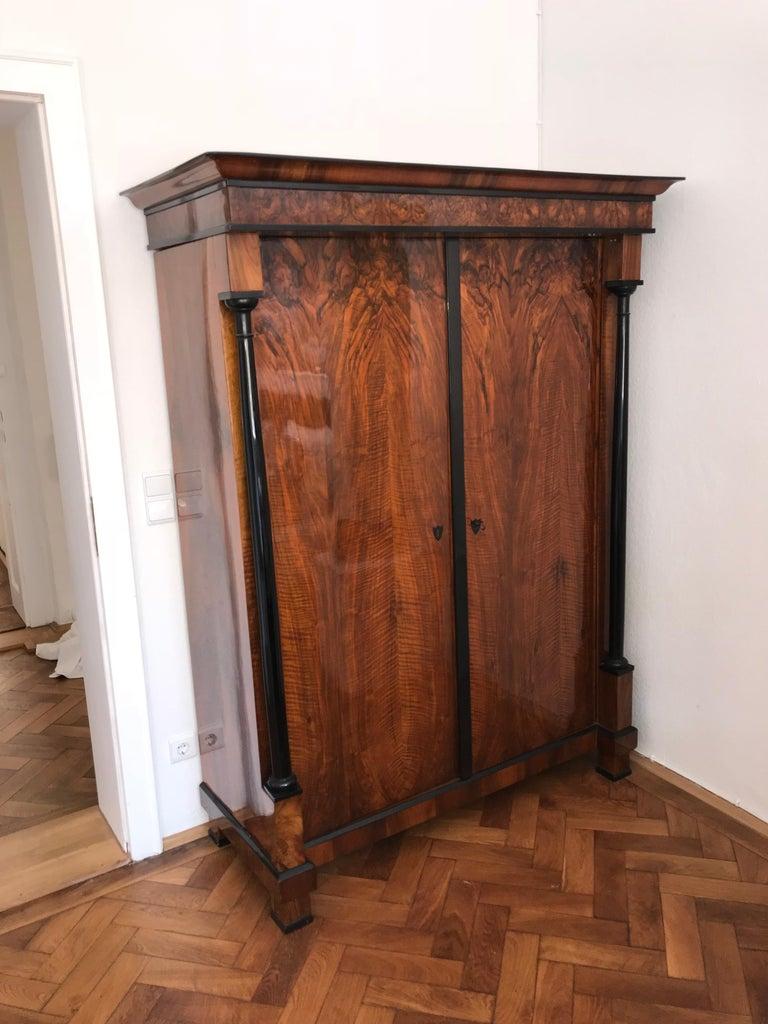 Biedermeier Armoire, Walnut Veneer and Full Columns, Austria circa 1820 For Sale 2