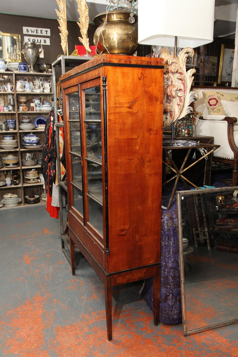Biedermeier Cabinet on Legs with Old Glass Doors In Good Condition For Sale In Seattle, WA