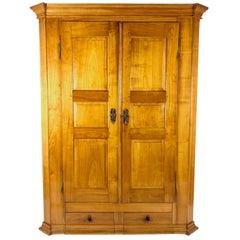 Biedermeier Cabinet Solid Cherrywood Germany Niedersachsen, circa 1820