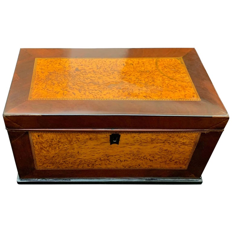 Biedermeier Casket Box, Thuja Roots and Mahogany, Germany, 19th Century For Sale
