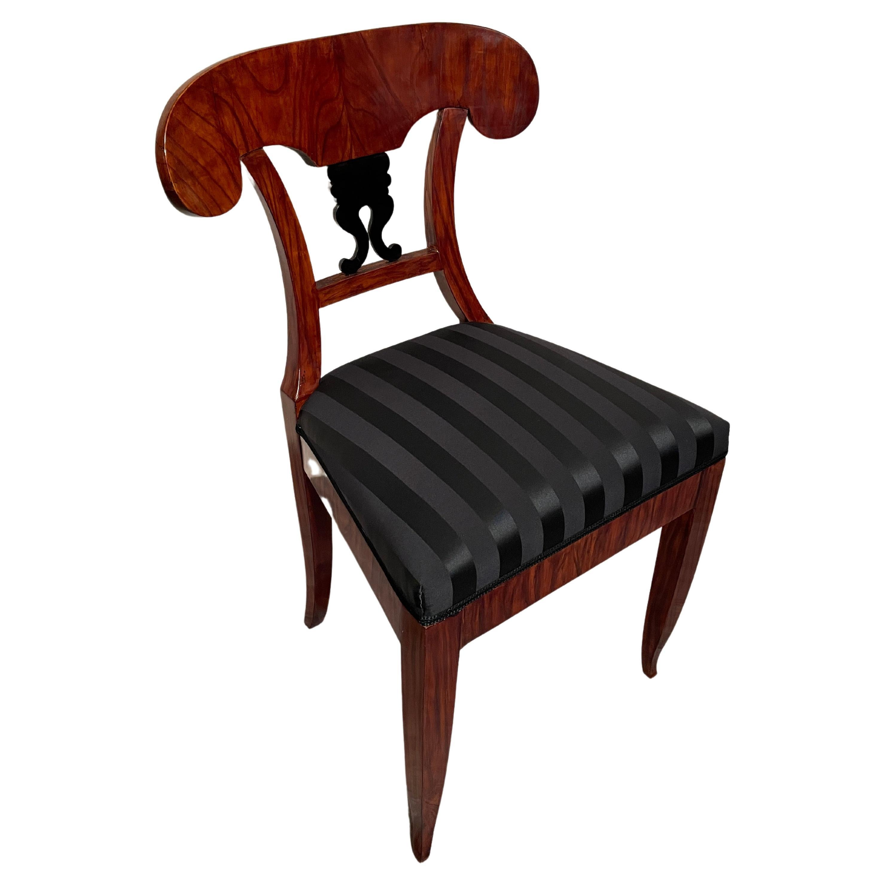 Biedermeier Chair, South German 1820, Walnut