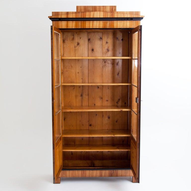 Biedermeier Cherry Bookcase, Saxony, circa 1820 For Sale 3