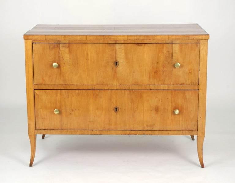 Biedermeier Cherry Chest of Drawers, circa 1810 For Sale 4
