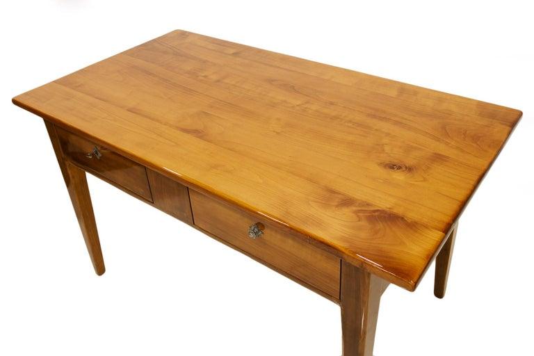 Biedermeier Cherrywood Table, Germany, 19th Century For Sale 2