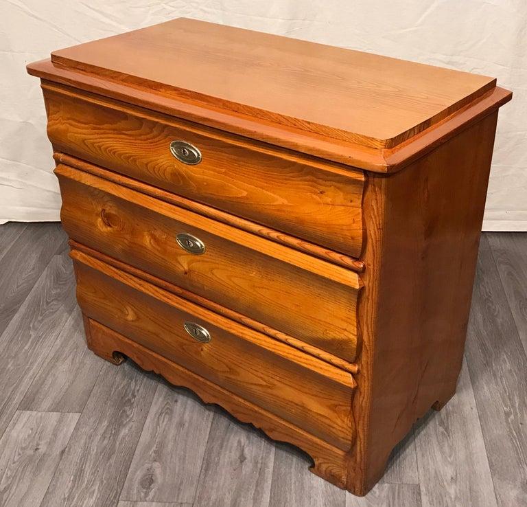 German Biedermeier Chest of Drawers, 1840, Elm Wood For Sale