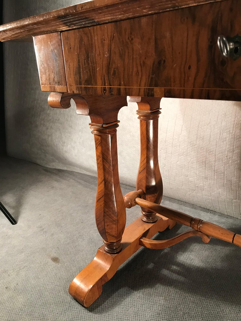 Austrian Biedermeier Desk, Vienna 1810-1820, Style of Josef Danhauser For Sale