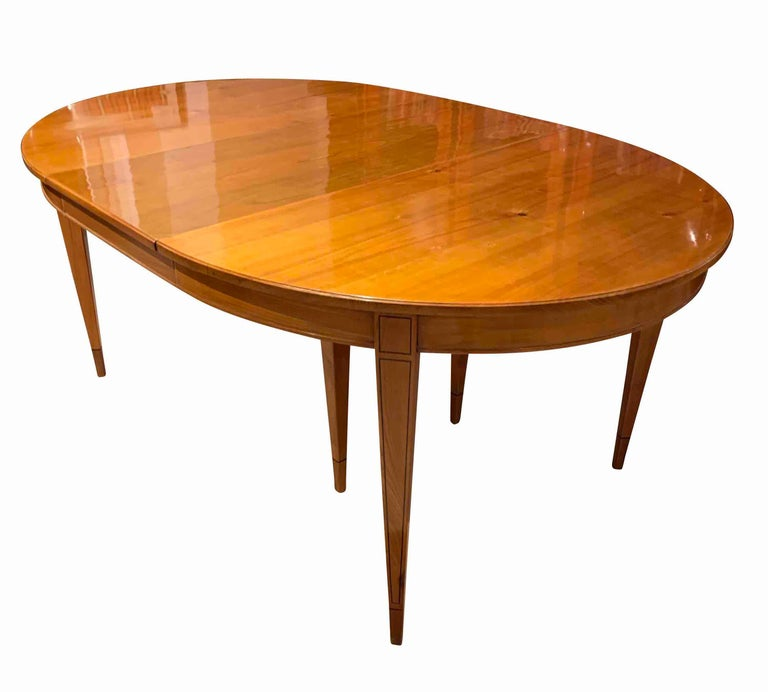 Biedermeier Expandable Table, Cherrywood, Southwest Germany, 19th Century In Good Condition For Sale In Regensburg, DE